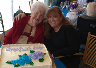 Grandma's 95th party-0124